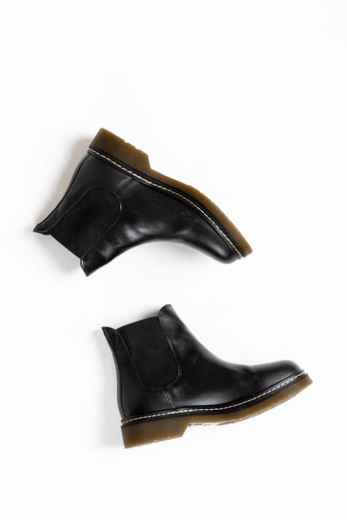 Musse + Cloud: Flika Booties in Black