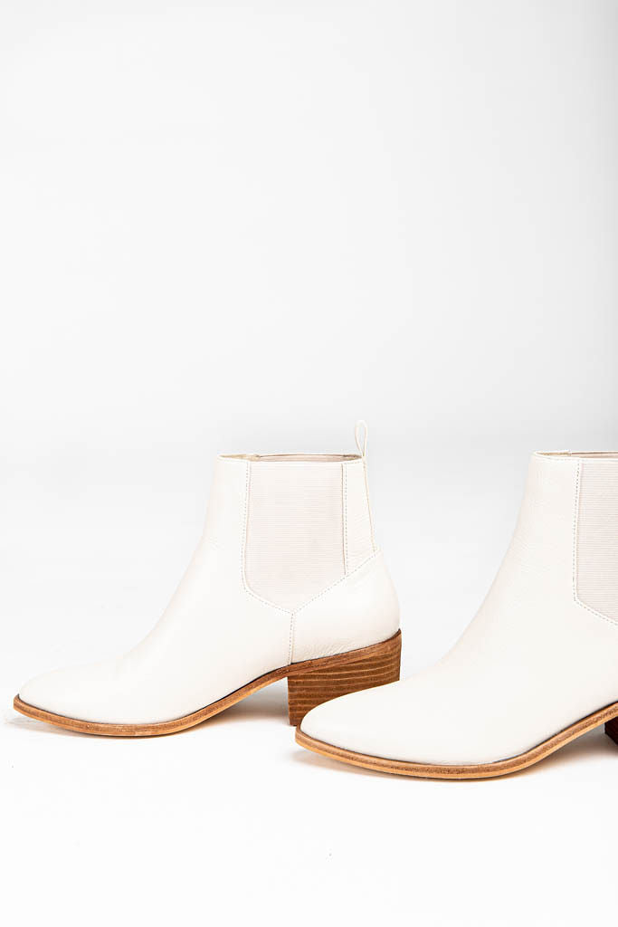 Chinese Laundry: Filip Bootie in Ecru