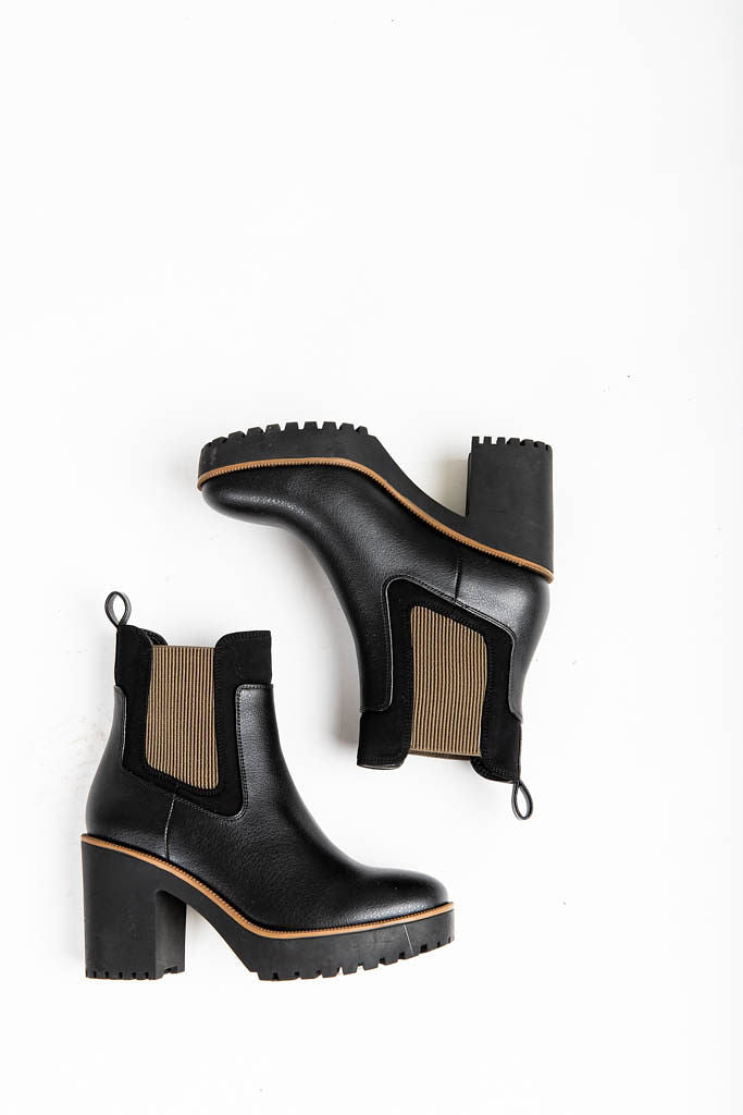 Chinese Laundry: Good Day Boots in Black Grain-Ne