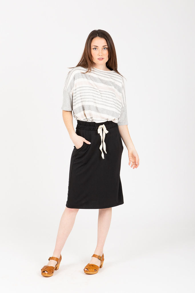 The Westport Jersey Casual Skirt in Black