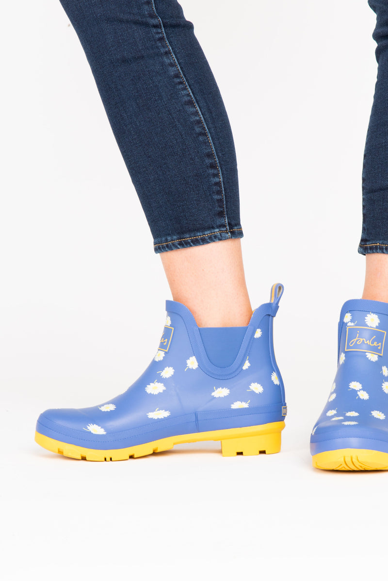 Joules: Wellibob Short Height Rainboots in Blue Daisy