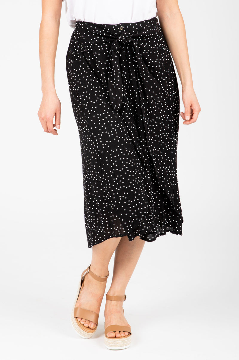 The Gemma Tiny Dot Button Skirt in Black