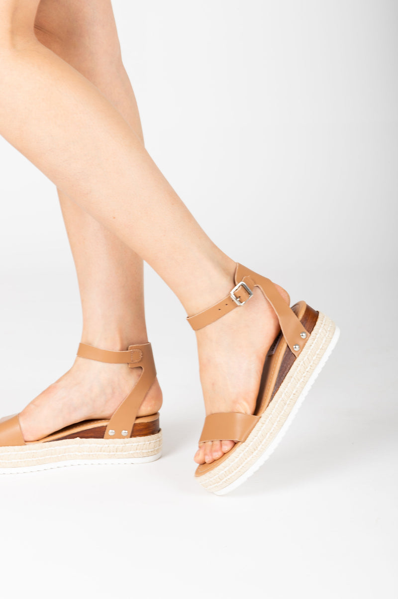 Steve Madden: Chaser Sandal in Natural, studio shoot; side view
