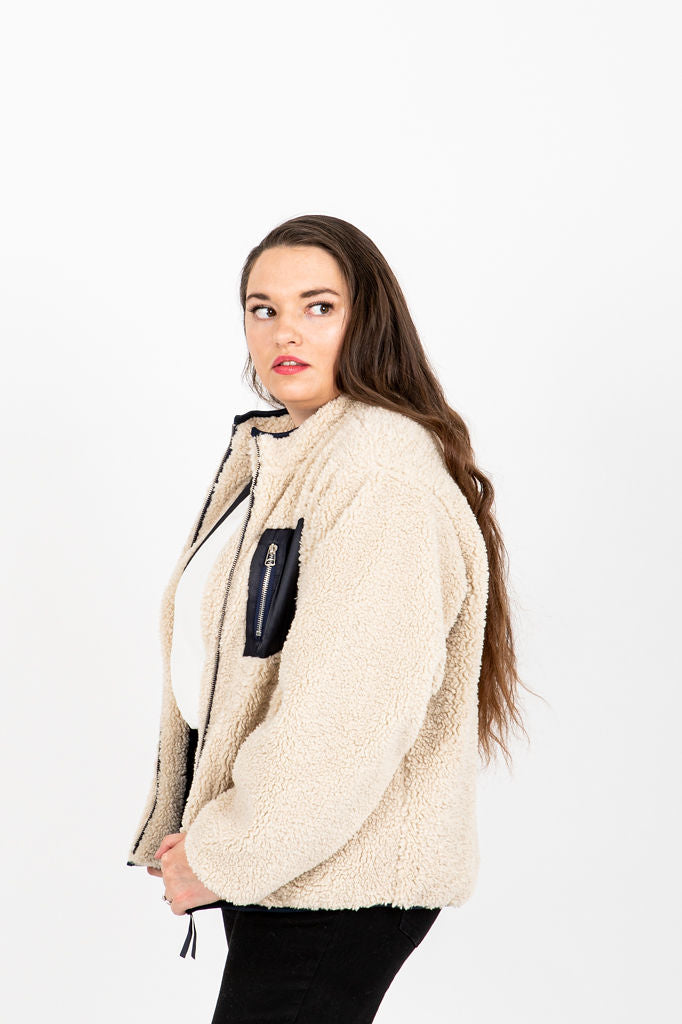 The Elrond Sherpa Pocket Jacket in Cream