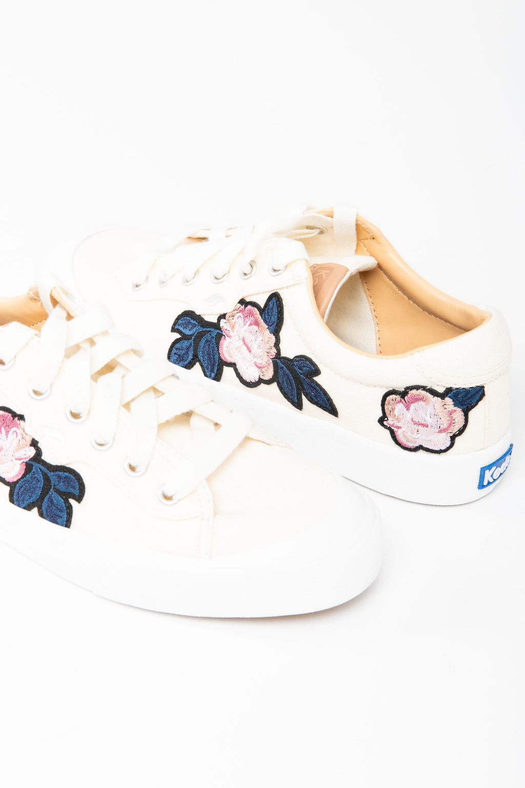 Keds: Crew Kick 75 Applique in Natural, studio shoot; front view