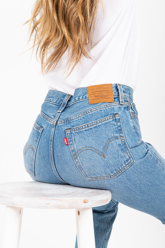 Levi's: Wedgie Straight in Uncovered Truth