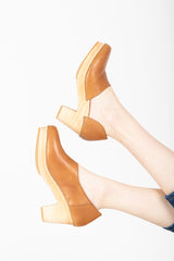 Free People: Monroe Clog in Taupe