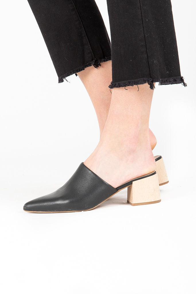 Steve Madden: Steven Florin Mules in Black Leather