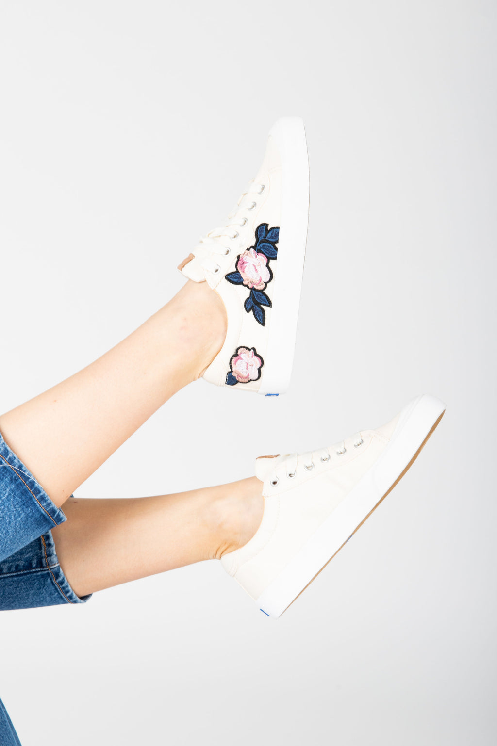 Keds: Crew Kick 75 Applique in Natural, studio shoot; side view