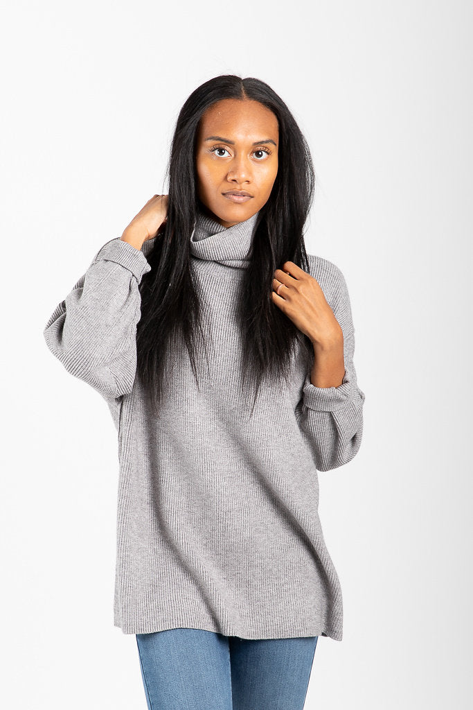 3bfa08f97d97 Free People: Softly Structured Tunic in Dark Grey – Piper & Scoot