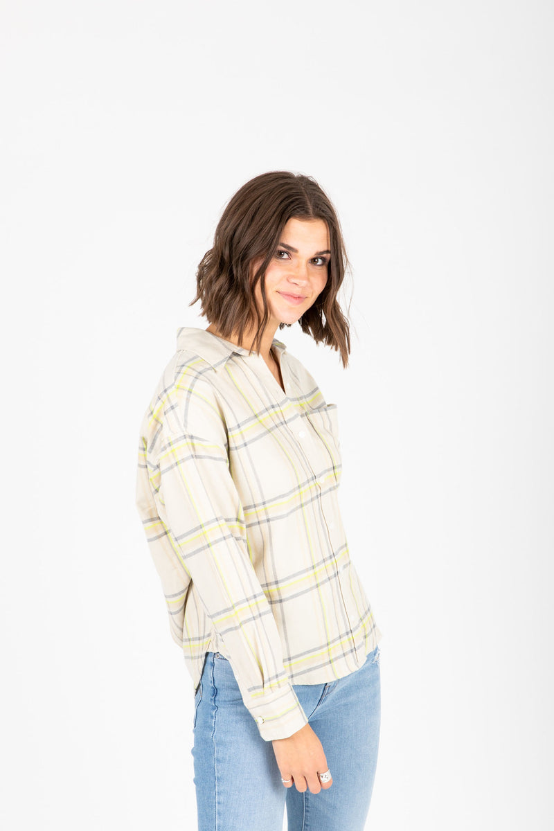 Levi's: The Relaxed Shirt in Plaid, studio shoot; side view