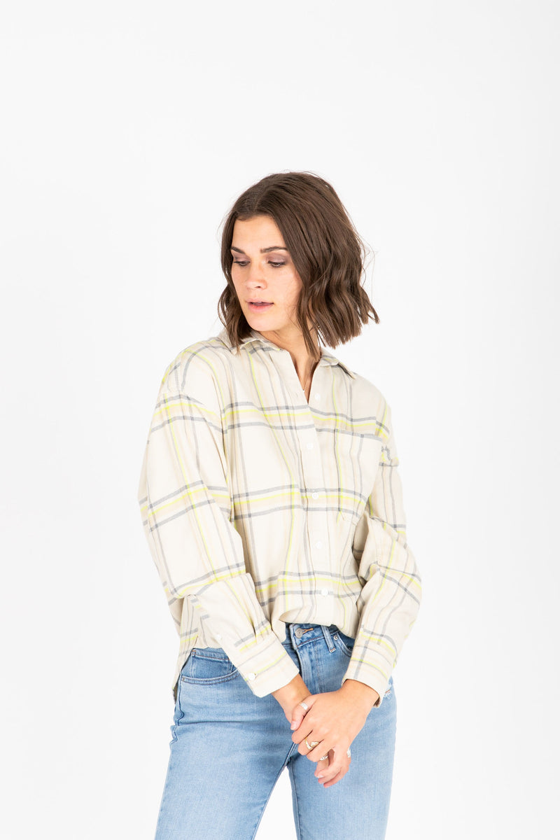 Levi's: The Relaxed Shirt in Plaid, studio shoot; front view