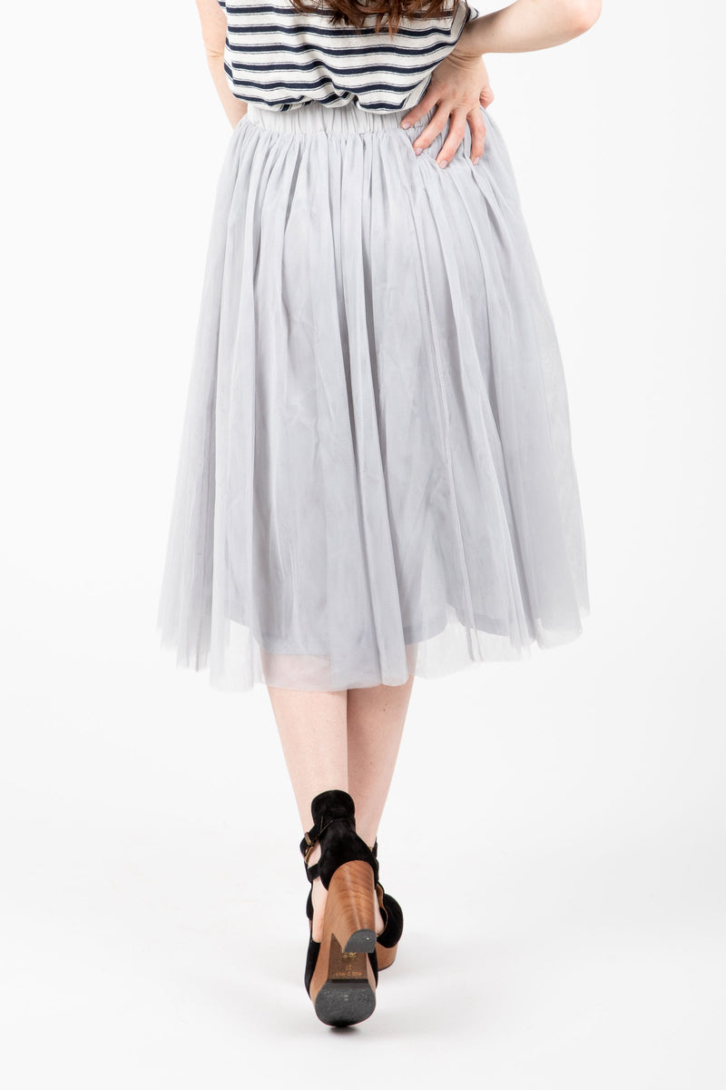 Piper & Scoot: The Lorna Tulle Midi Skirt in Grey