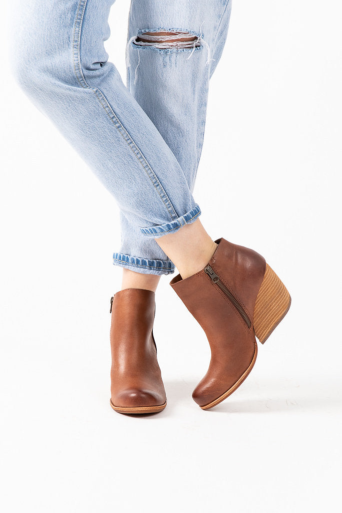 a2bbf9fa83e6 Kork-Ease  Natalya Boot in Light Brown – Piper   Scoot