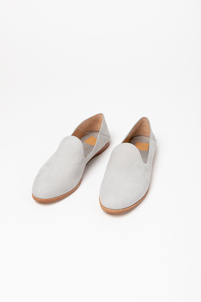 Dolce Vita: Azur Flats in Ice Blue