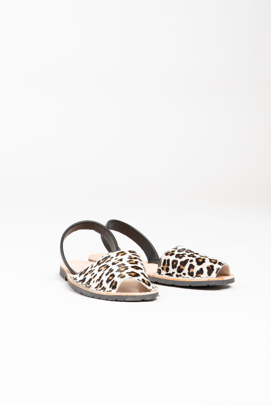 PONS: Classic Style Animal Prints in Leopard