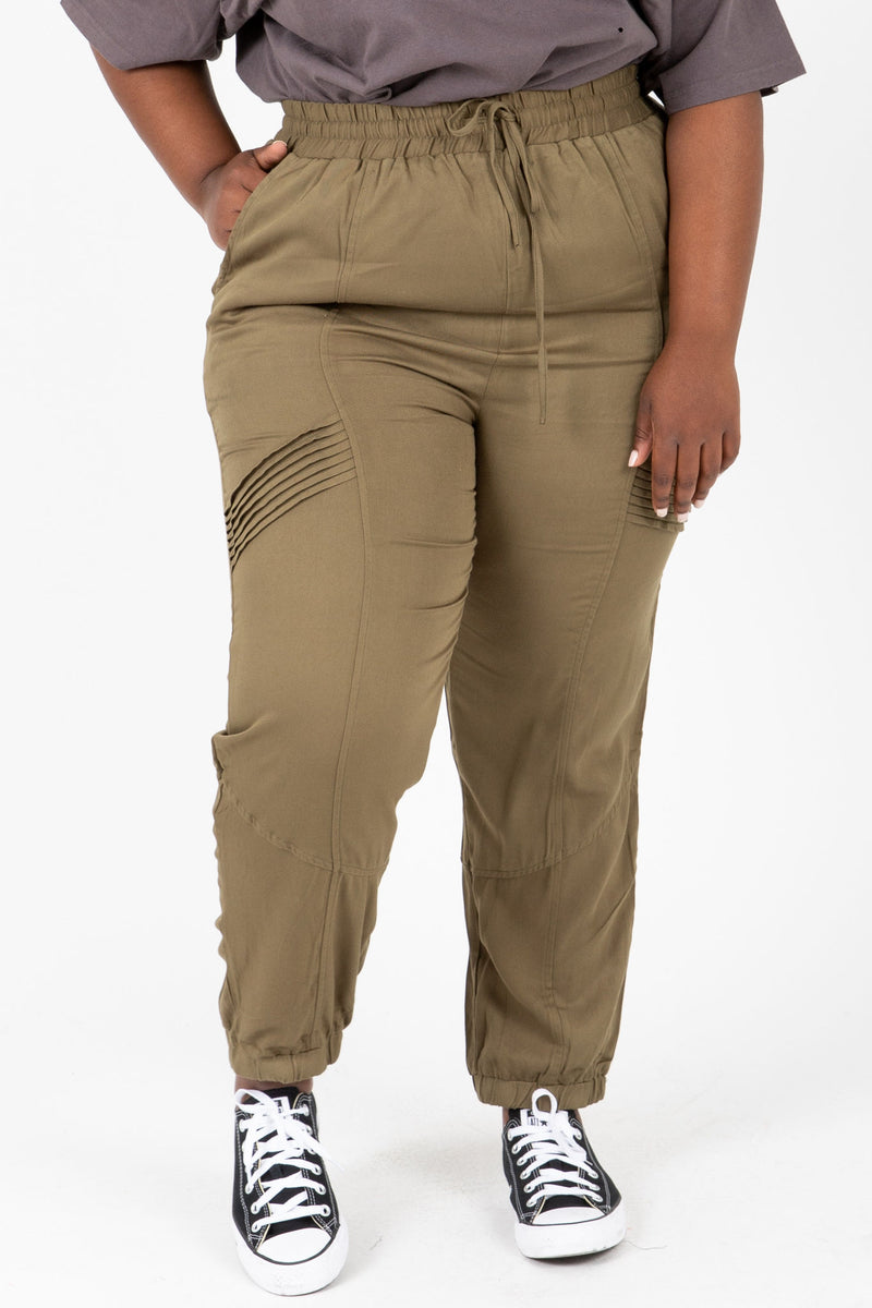 The Newell Detail Jogger Trouser in Olive