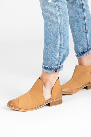 Dolce Vita: Vania Booties in Dark Saddle Suede