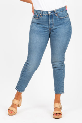 The New Denim Mid Rise Ankle Skinny in Light