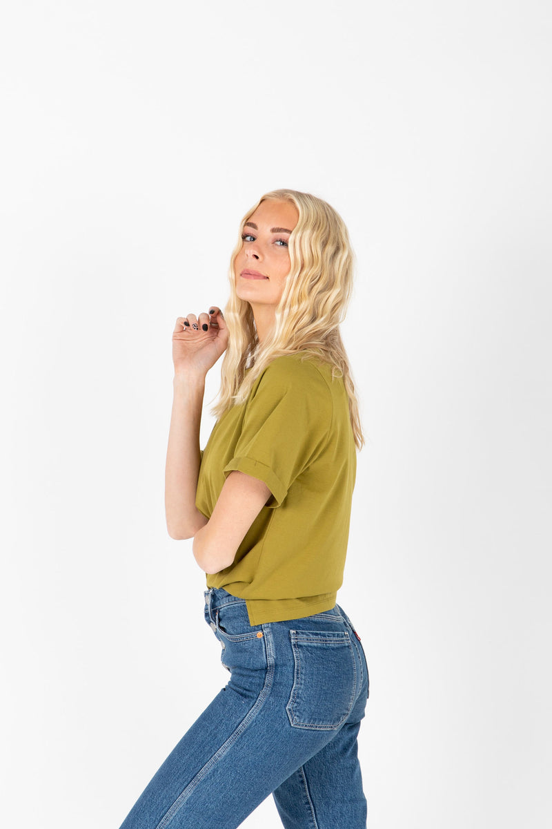 Piper & Scoot: The Tee in Moss, studio shoot; side view