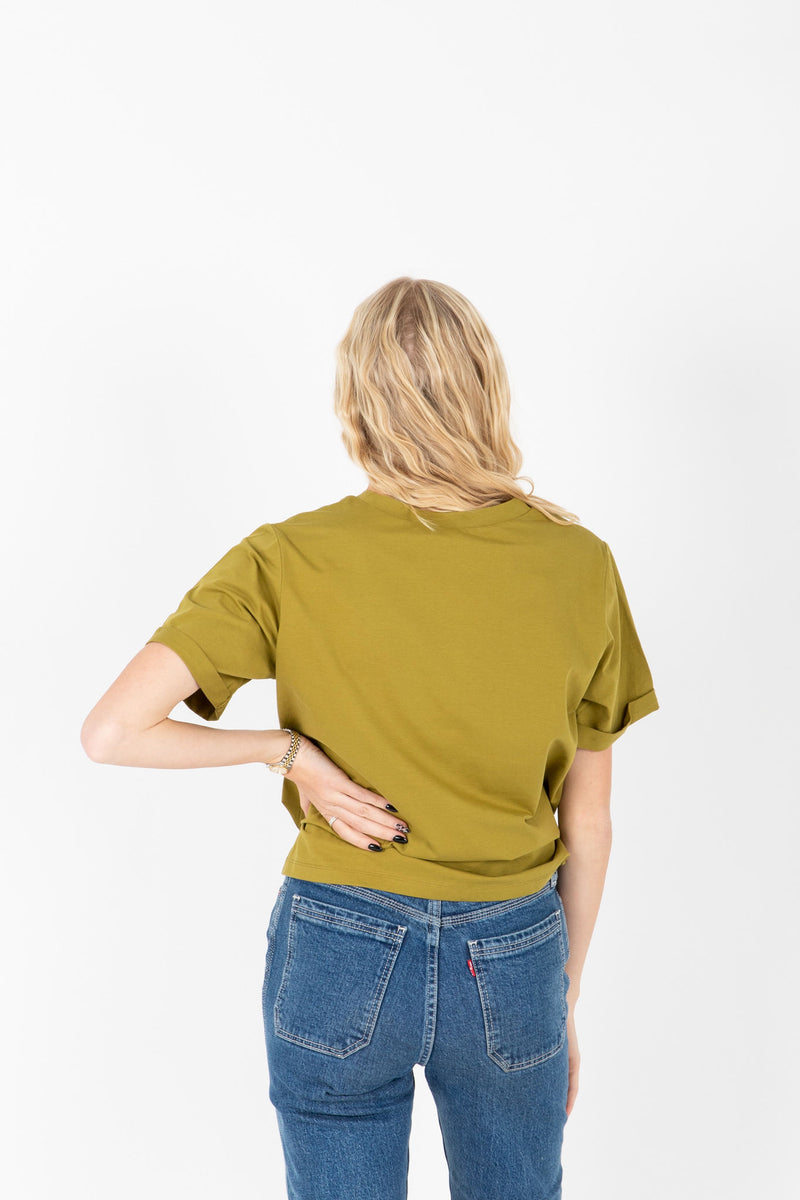 Piper & Scoot: The Tee in Moss, studio shoot; back view