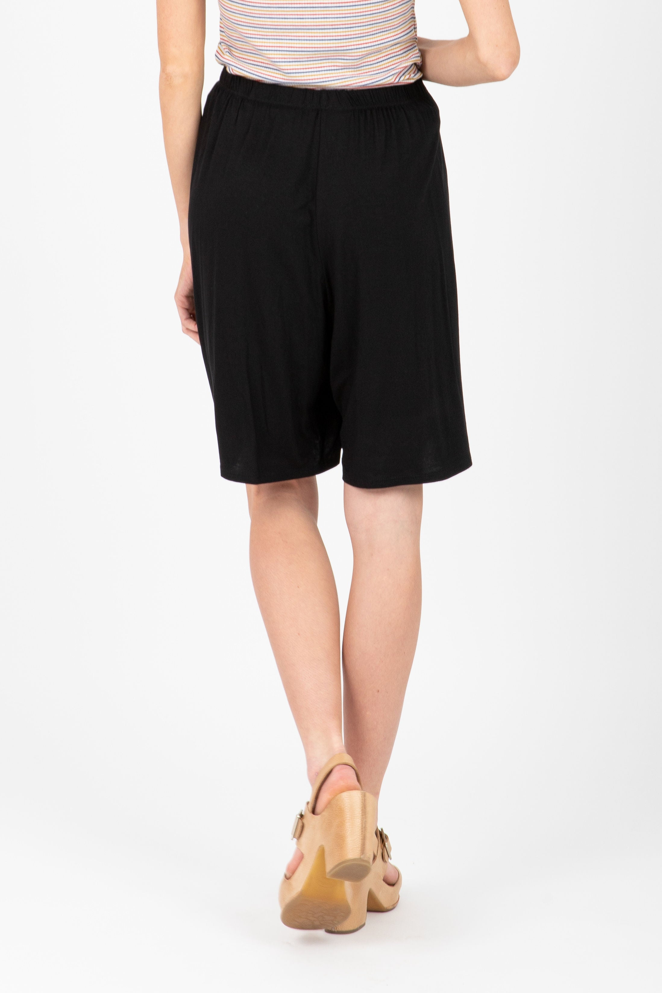 The Behave Casual Shorts in Black