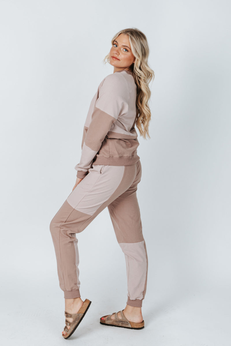 The Smith Colorblock Jogger in Mauve, studio shoot; side view