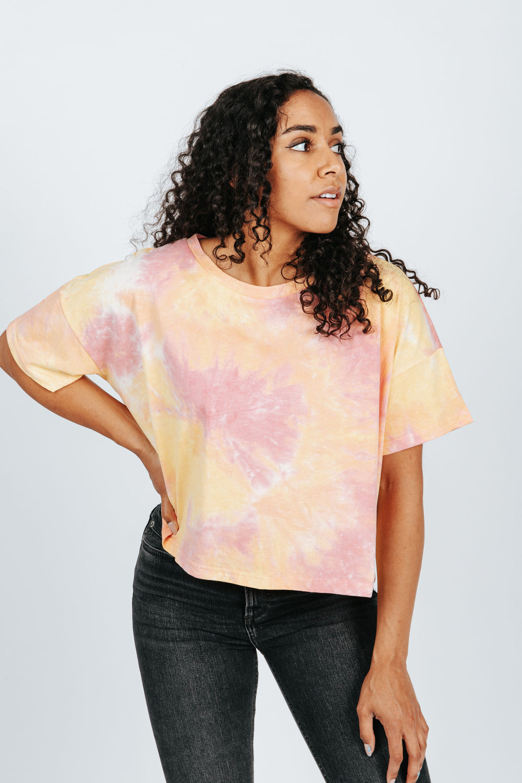 The Harbor Tie Dye Tee in Sunkist, studio shoot; front view