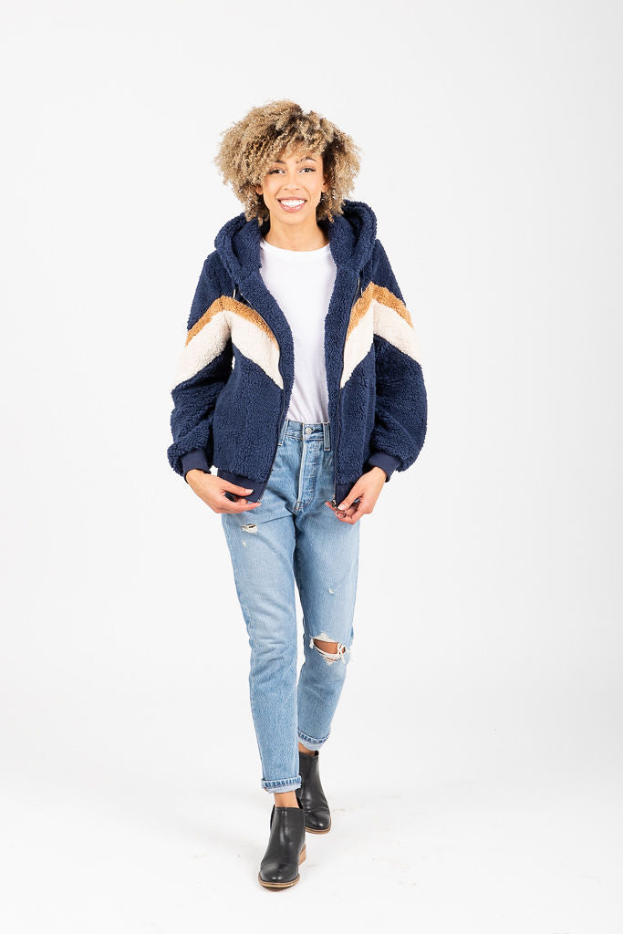 The Jansen Cozy Hooded Zip Jacket in Navy