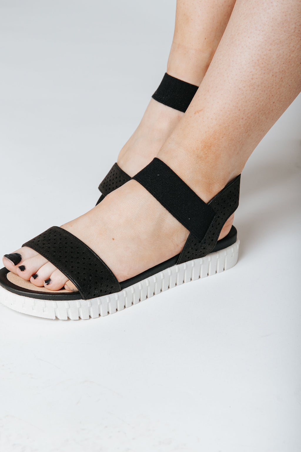 The Shanny Sandal in Black