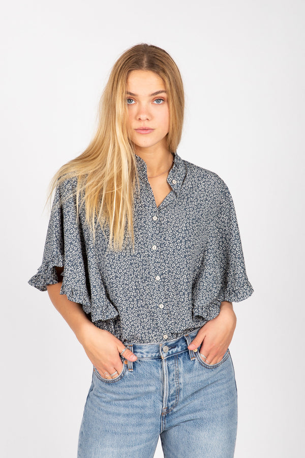 The Fusion Floral Flutter Blouse in Blue
