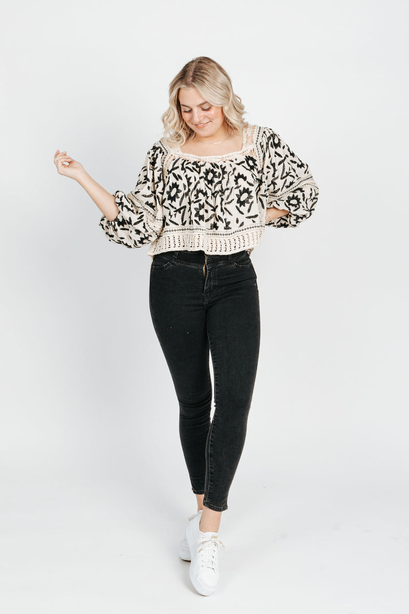 Free People: Soleil Embroidered Top in Ivory