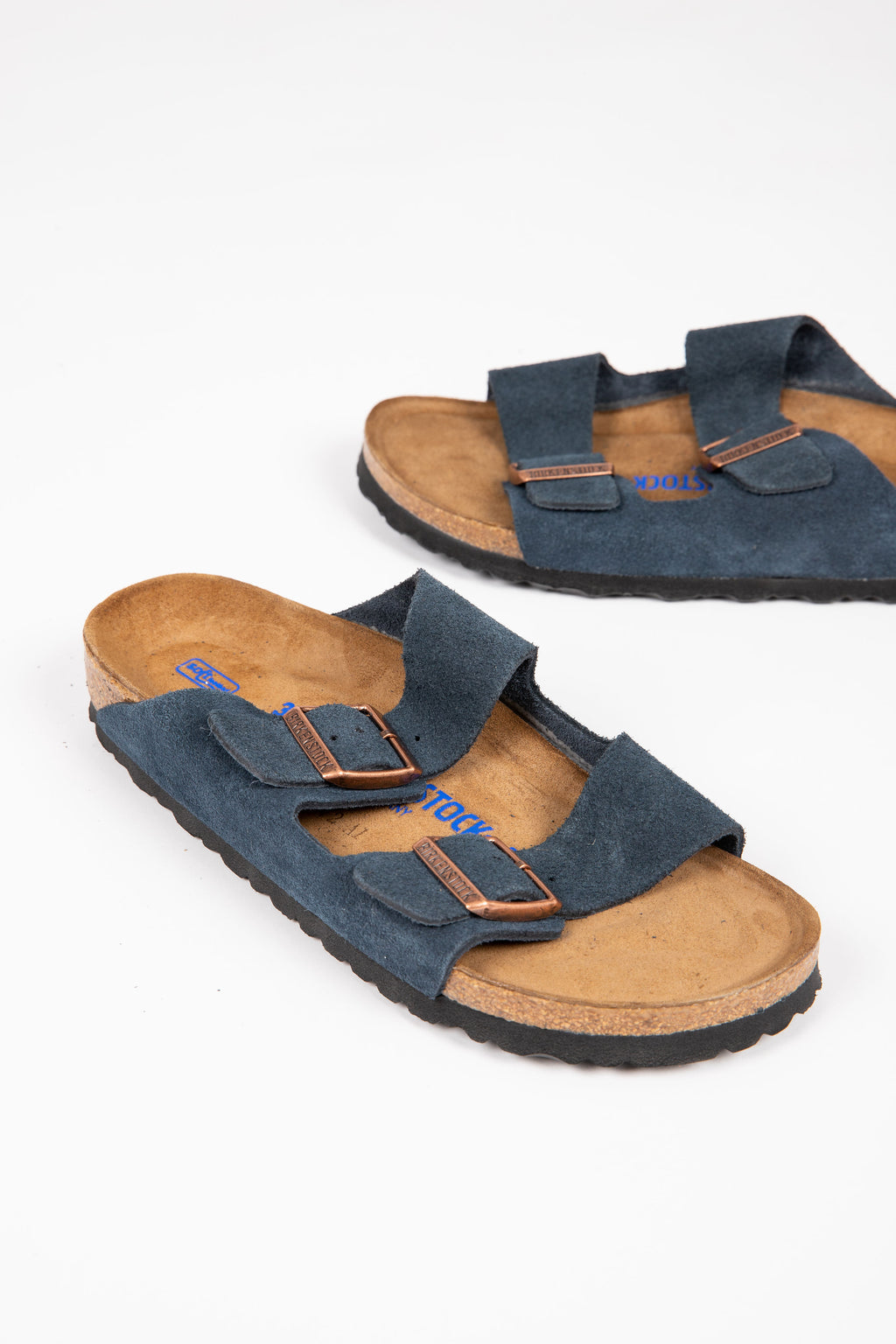 Birkenstock: Arizona Soft Footbed Suede Leather in Navy (Narrow Fit)