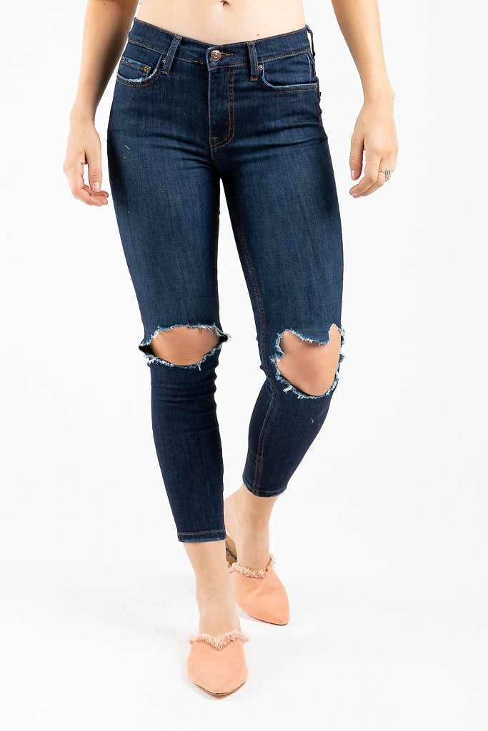 2a652d003723 Free People  High Rise Busted Skinny Jean in Midnight Blue – Piper   Scoot