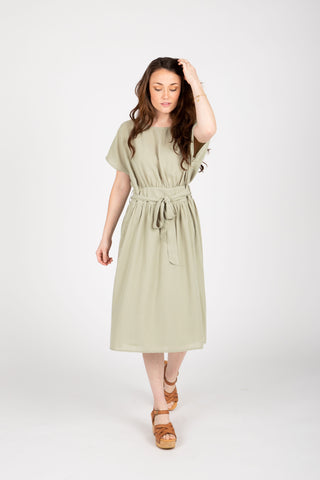 The Ezra Smocked Midi Dress in Hunter Green