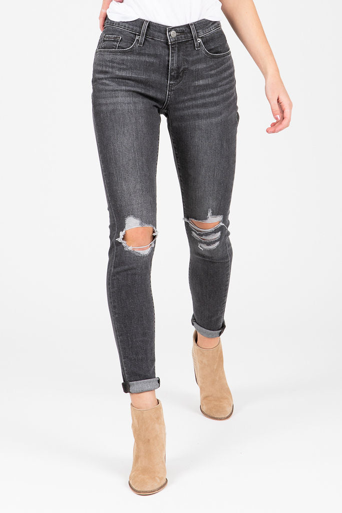 Levi's: Curvy Skinny Jeans Black Ripped