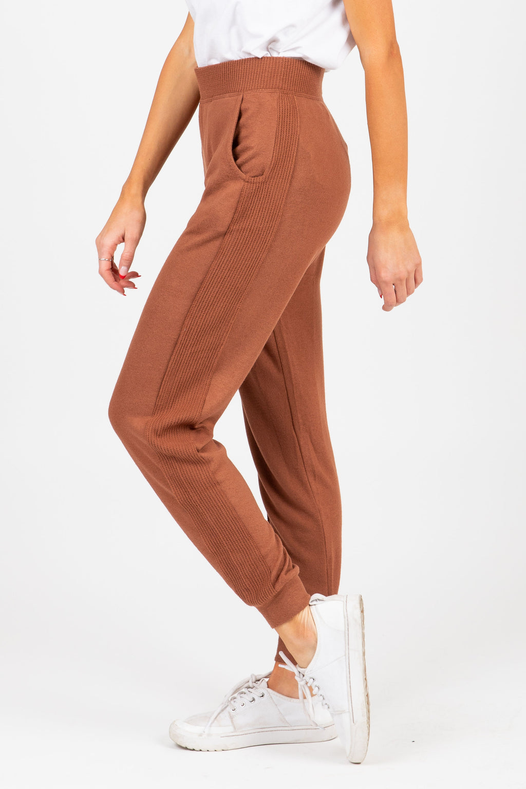 The Patterson Cuffed Trouser in Brown