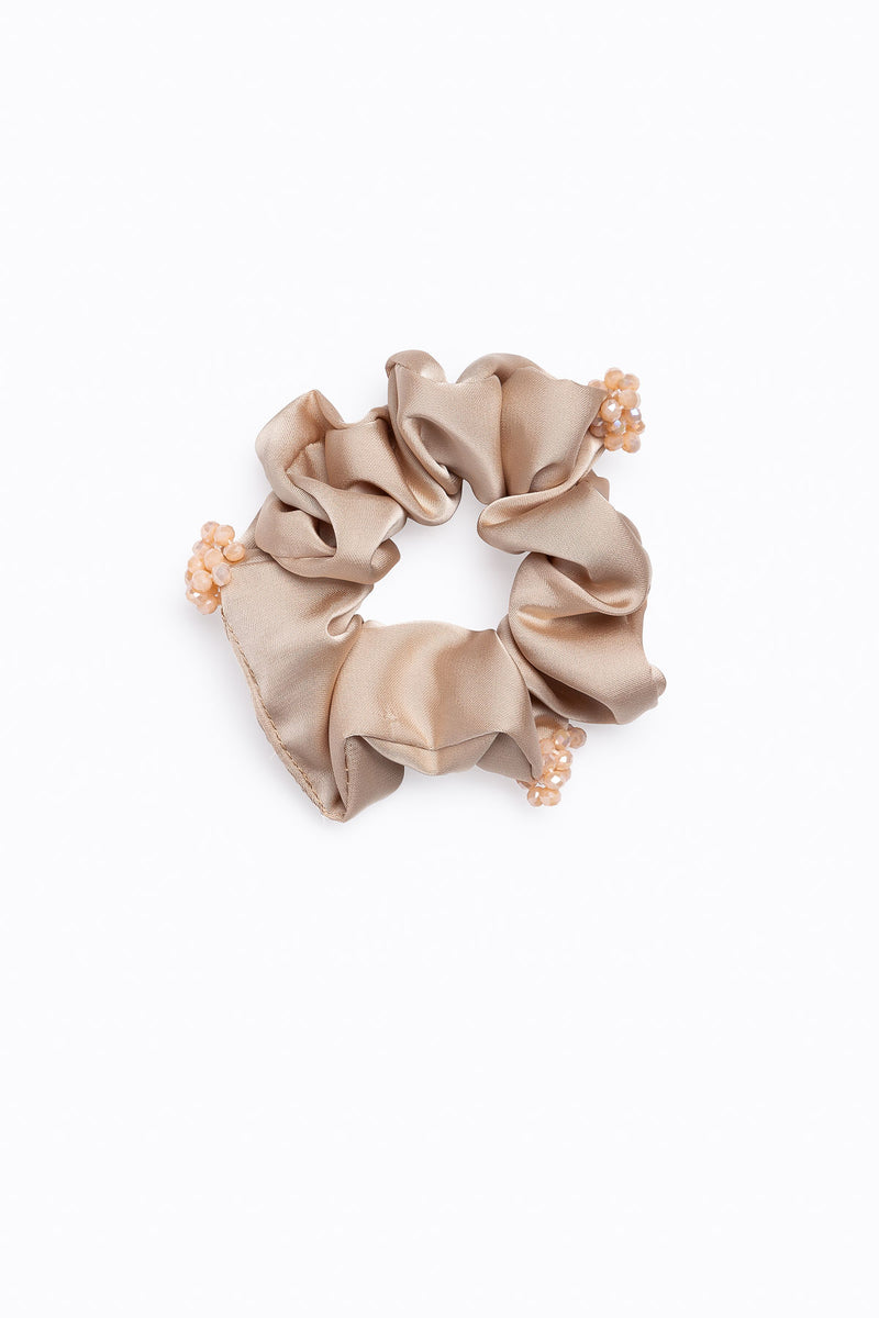 Beaded Beauty Scrunchie in Neutral
