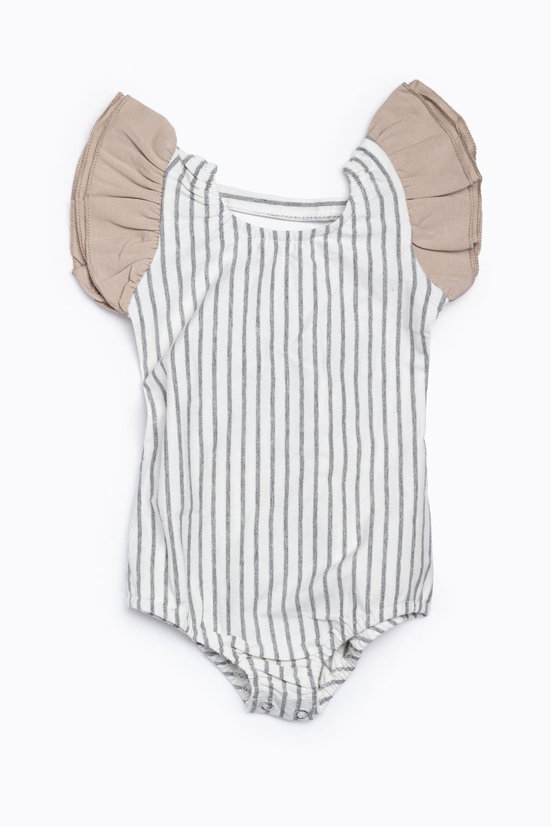 Orcas Lucille: Flutter Sleeve Leo in Grey Stripe