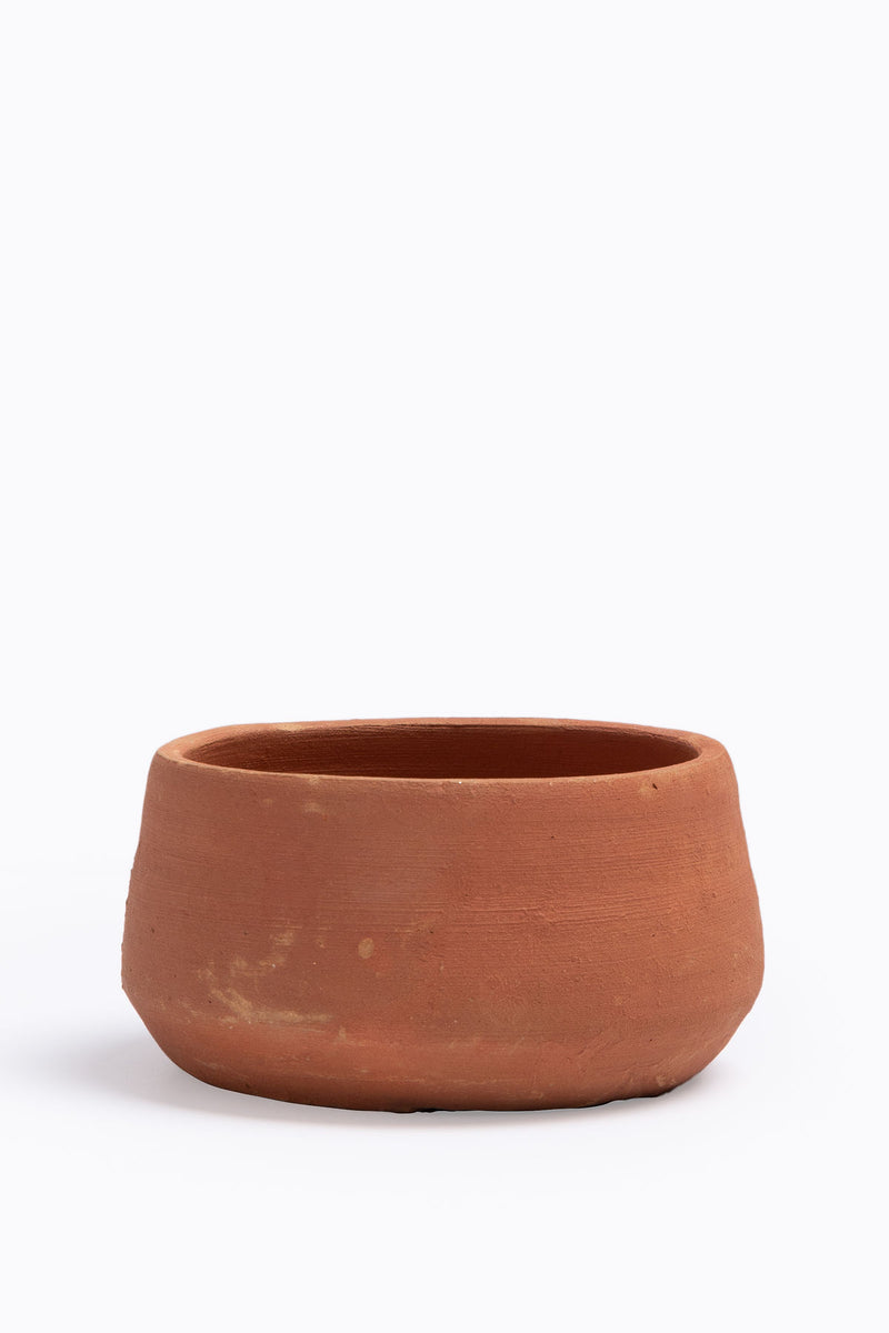 HOME: Terra-cotta Planter