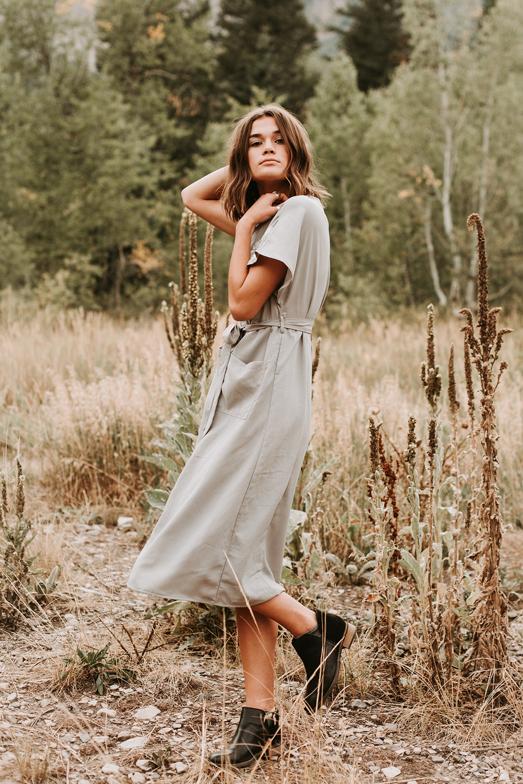 The Belmond Embroidered Midi Dress in Light Grey