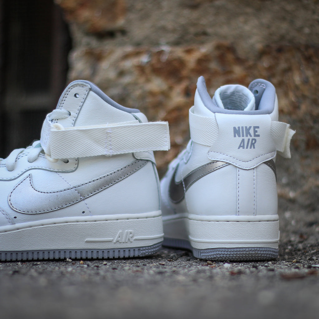 d6e30ce082e Nike Sportswear will be releasing the iconic Air Force 1 High in the  original colorway from 1982. With an icy white leather upper and accents of  the OG grey ...