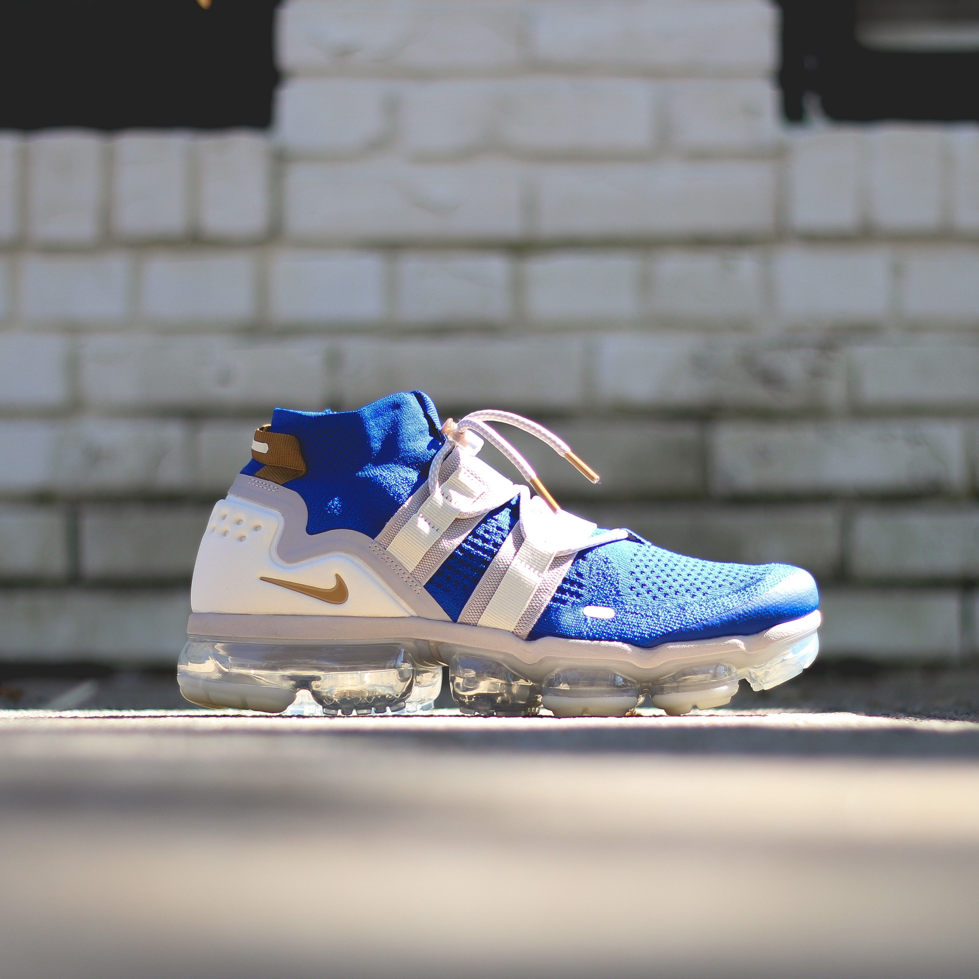 buy popular 71899 34f79 NIKE VaporMax Flyknit Utility - Racer Blue/Muted Bronze-Moon Particle