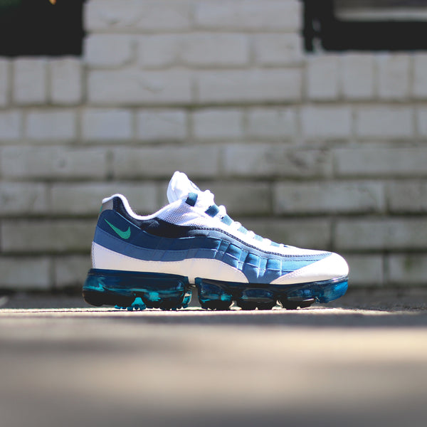 NIKE Air Max 95 VaporMax - White/New Green-French Blue