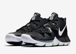"Kyrie 5 ""Black Magic"""