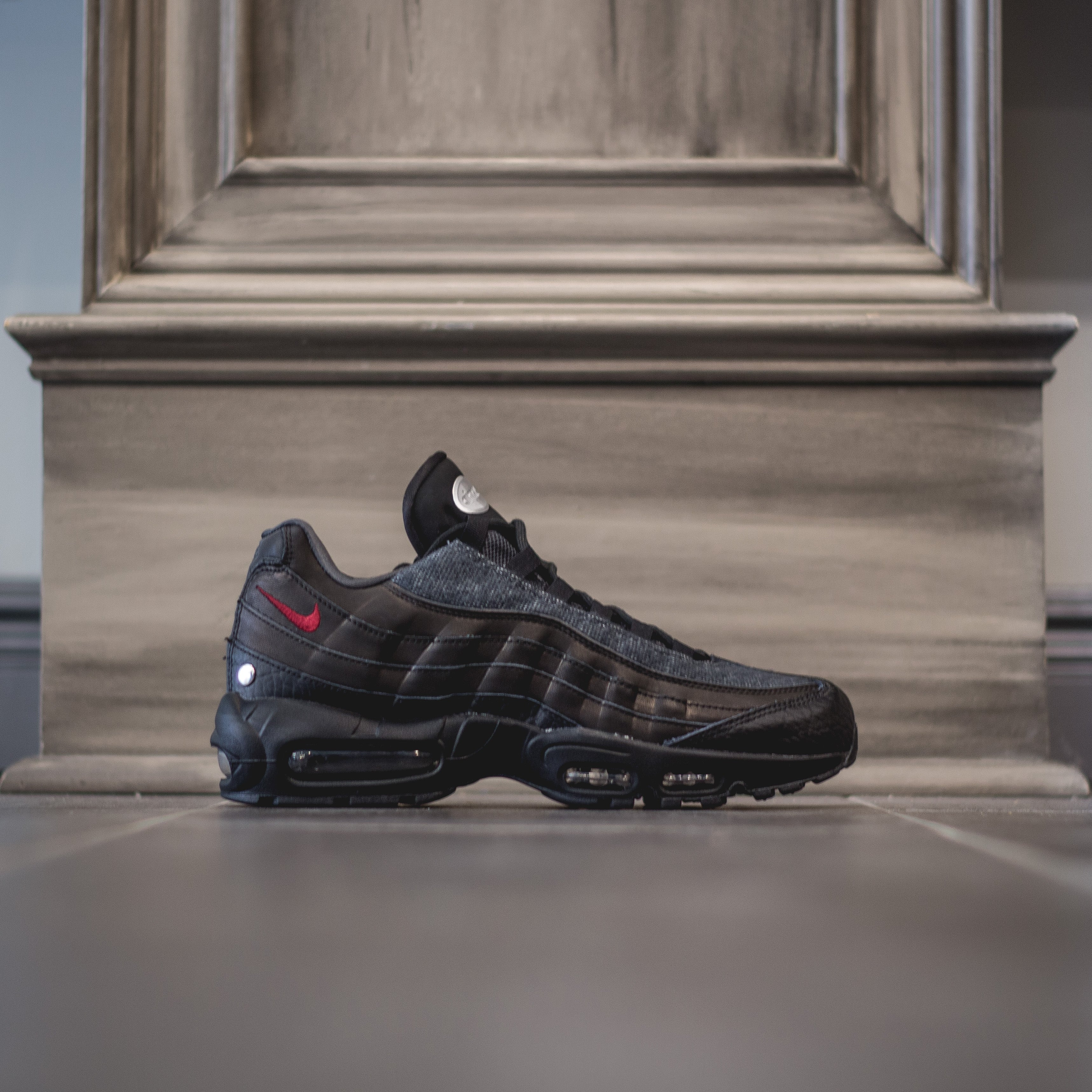 official photos 9aaf5 927dc NIKE Air MAx 95 NRG - Black/Team Red-Anthracite