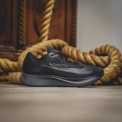 NIKE Zoom Fly - Black/Black-Anthracite