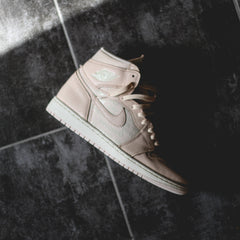 Air Jordan 1 Hi Retro 'Guava Ice'