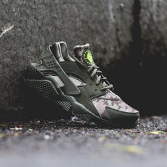 NIKE Air Huarache Run Camo 'Desert Ore'