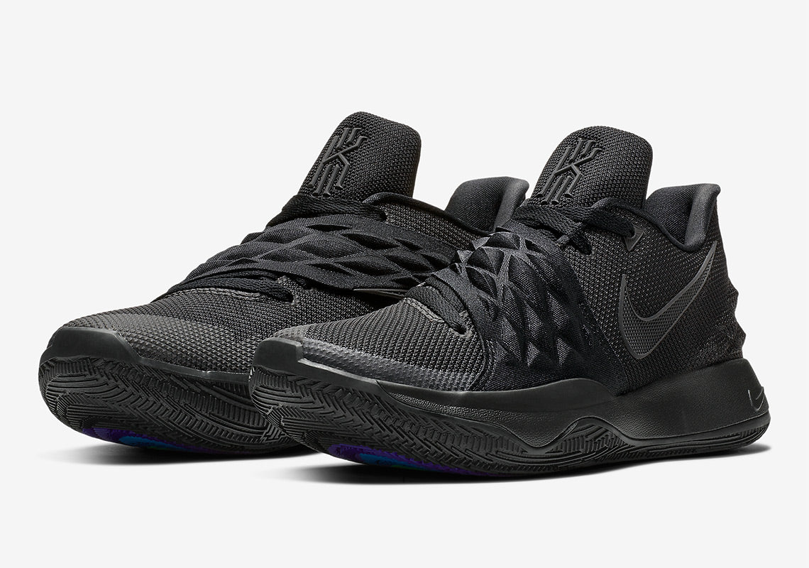 promo code d09f2 5f5d5 Nike Kyrie 1 Low